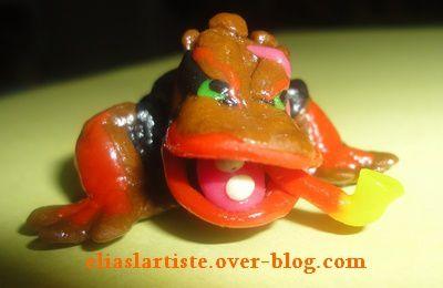 figurines de crapeaud en pâte à modeler et pâte à sel (elias 9ans)