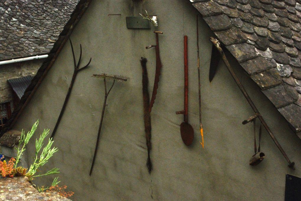 Photos chateau-de-valon-et-Mur-de-Barrez