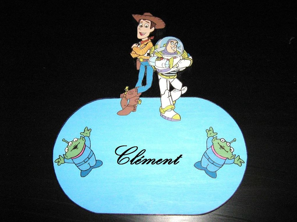 Les personnages de Toy story fabriqués par nos soins.Plaque de porte,déco murale ....