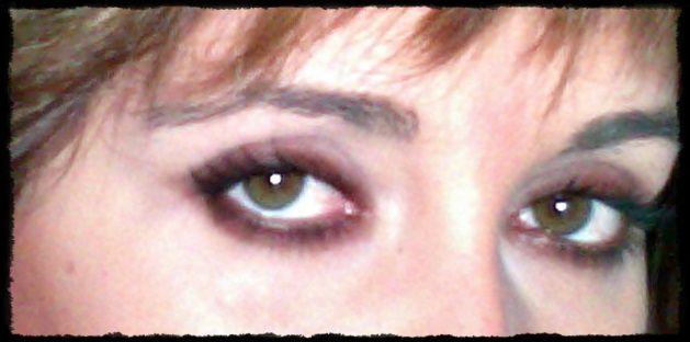 Maquillajes varios de ojos, de tonos etc...