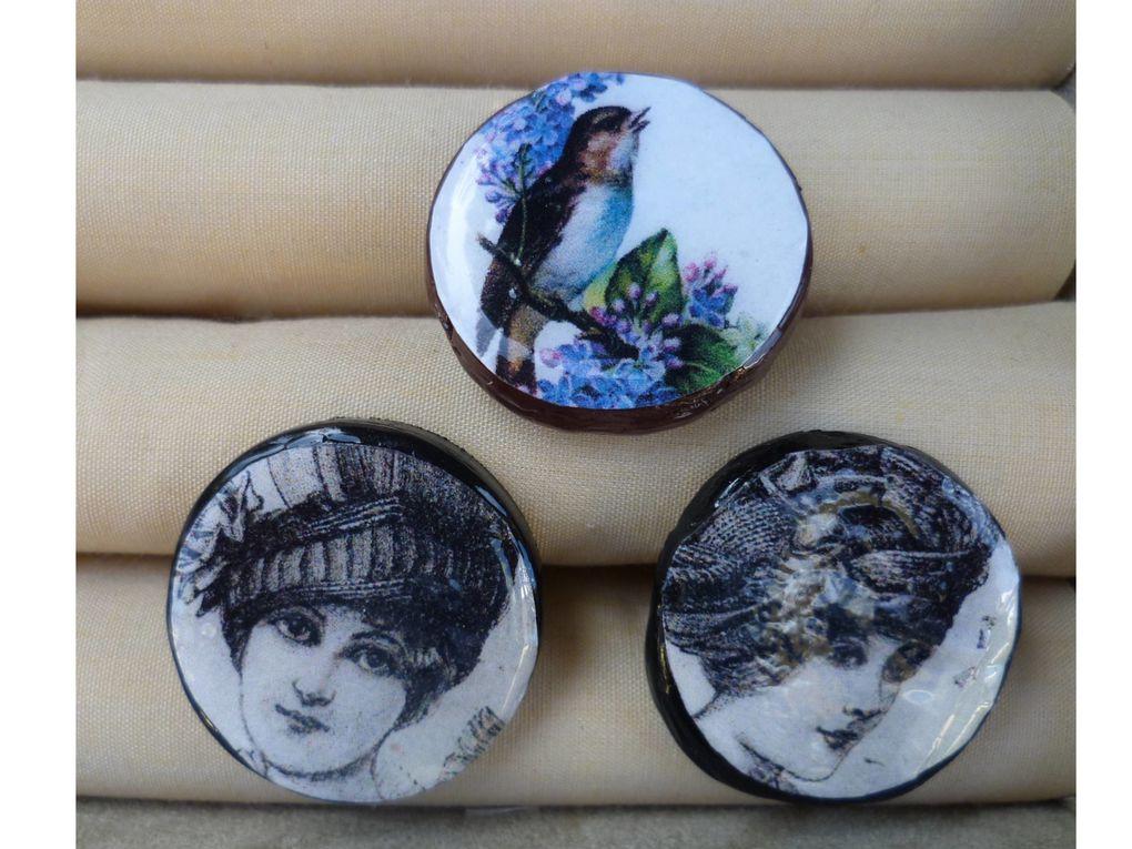pendentifs femmes du début de siècle.