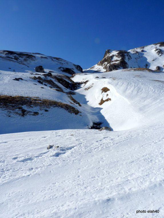 temps superbe,température agréable,seul bémol la neige tôlée et dangereuse .