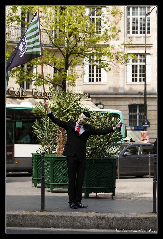 Album - Anonymous prend la Bastille !