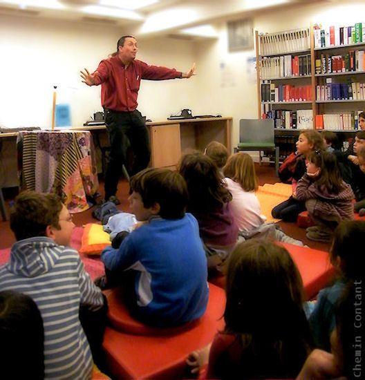 Dans les bibliothèques, la rue, les festivals.... Toutes les prestations publiques de CHEMIN CONTANT