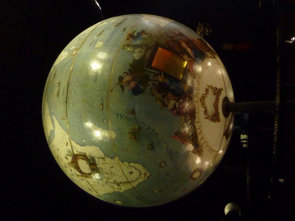 Quelques photographies des deux globes de Coronelli (à la Bibliothèque nationale de France)