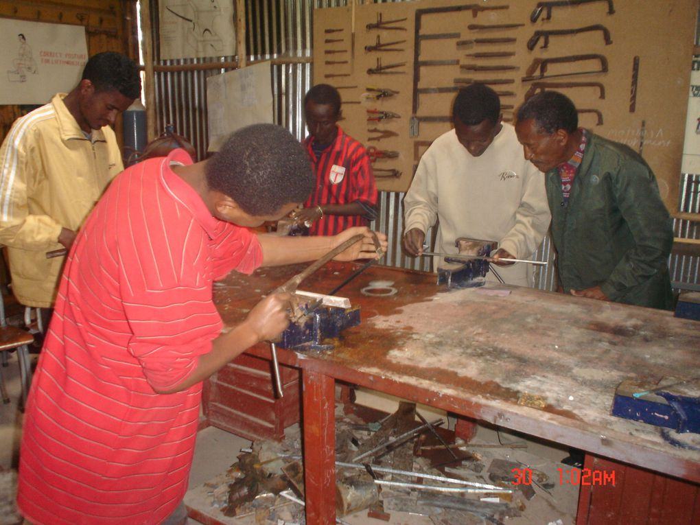 In this album you can have an overview of our wood work training, the machines we use and some of wood stuff our students did during the last year.