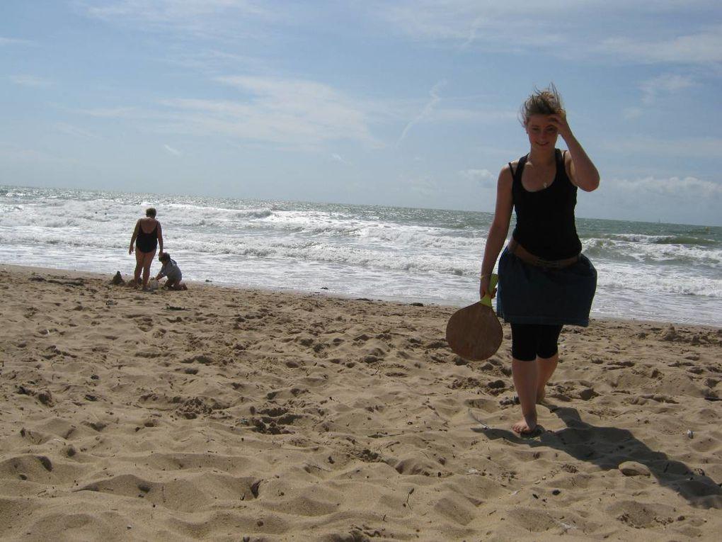Dernière semaine des vacances d'été au Club Préados, grillade avec brochette et camembert, jeux sur la plage et fin des JO...