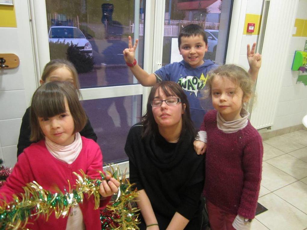 Quelques photos du périscolaire de l'Aiguillon avant Noël!