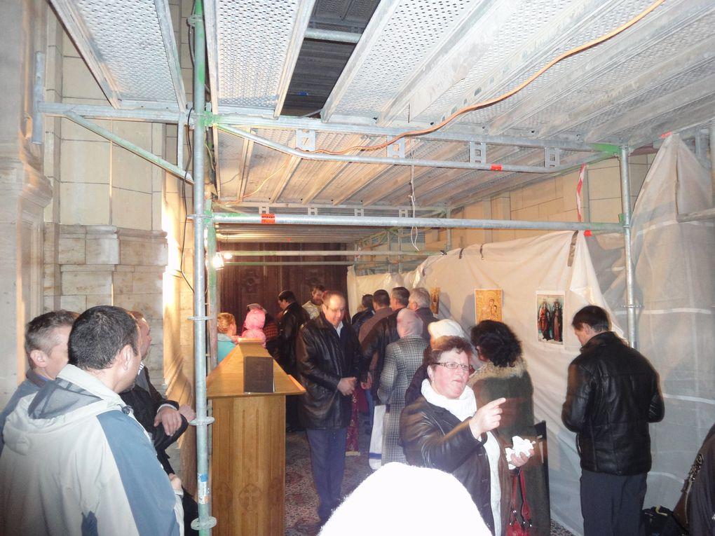 Dimanche 1er janvier 2012, Liturgie Orthodoxe sous les échafaudages du chantier de l'église Sainte-Catherine à Bruxelles