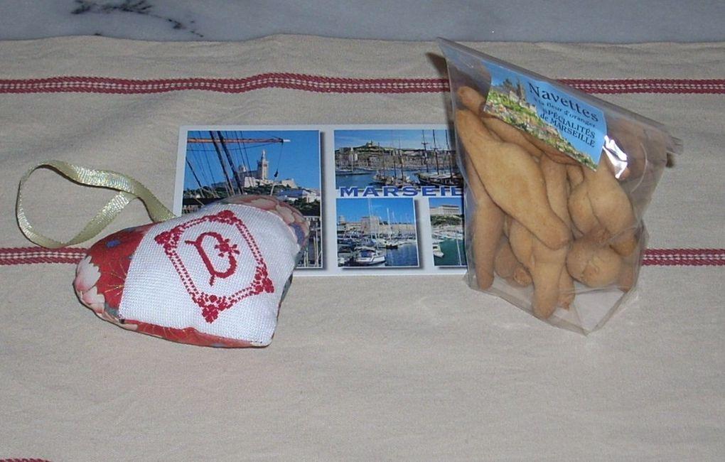 Voici mes ouvrages réalisés depuis ma reprise du point de croix, en 2009.