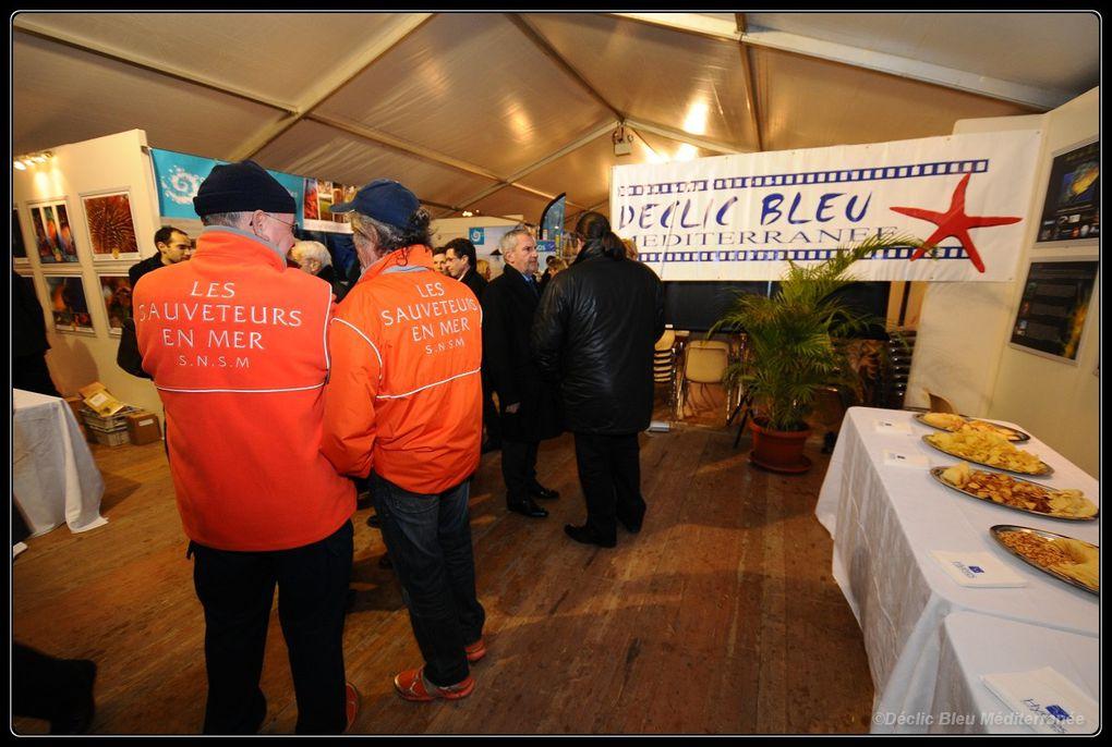 """En présence du maire M. Politi et du responsable des ports, le """"Coeur de la mer"""" 2012 a été inauguré ce soir. Une exposition Déclic Bleu Méditerranée couvre une partie des murs. De nombreux scolaires viendront une nouvelle fois découvrir la r"""