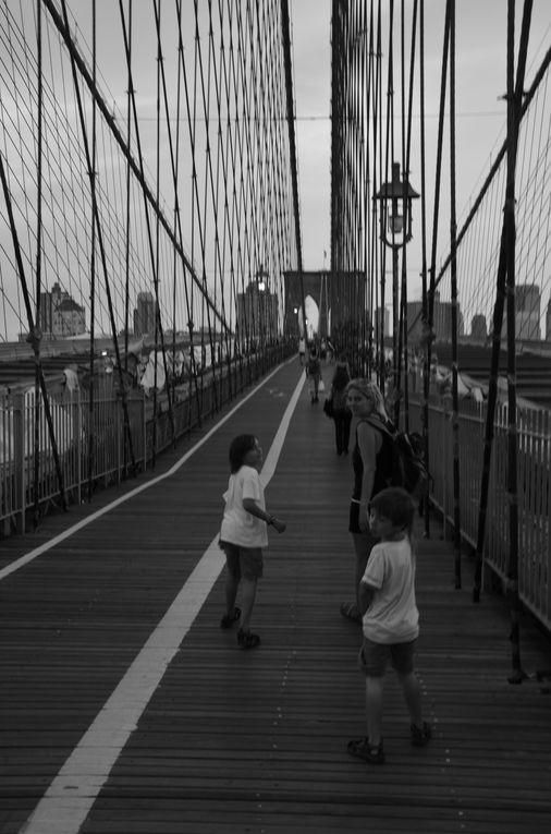 Après un vol direct de 8h, nous voilà enfin arrivés à New York,le 8 août 2012, nous découvrons notre hôtel et ses alentours face à Manhattan