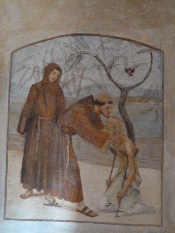 Monter à Fiesole pour avoir une vue extraordinaire sur Florence et la compagne environnante. Ce paysage inspira de nombreux écrivains. Nous citerons Marcel Proust, André Gide (Les Nourritures Terrestres) et Albert Camus.