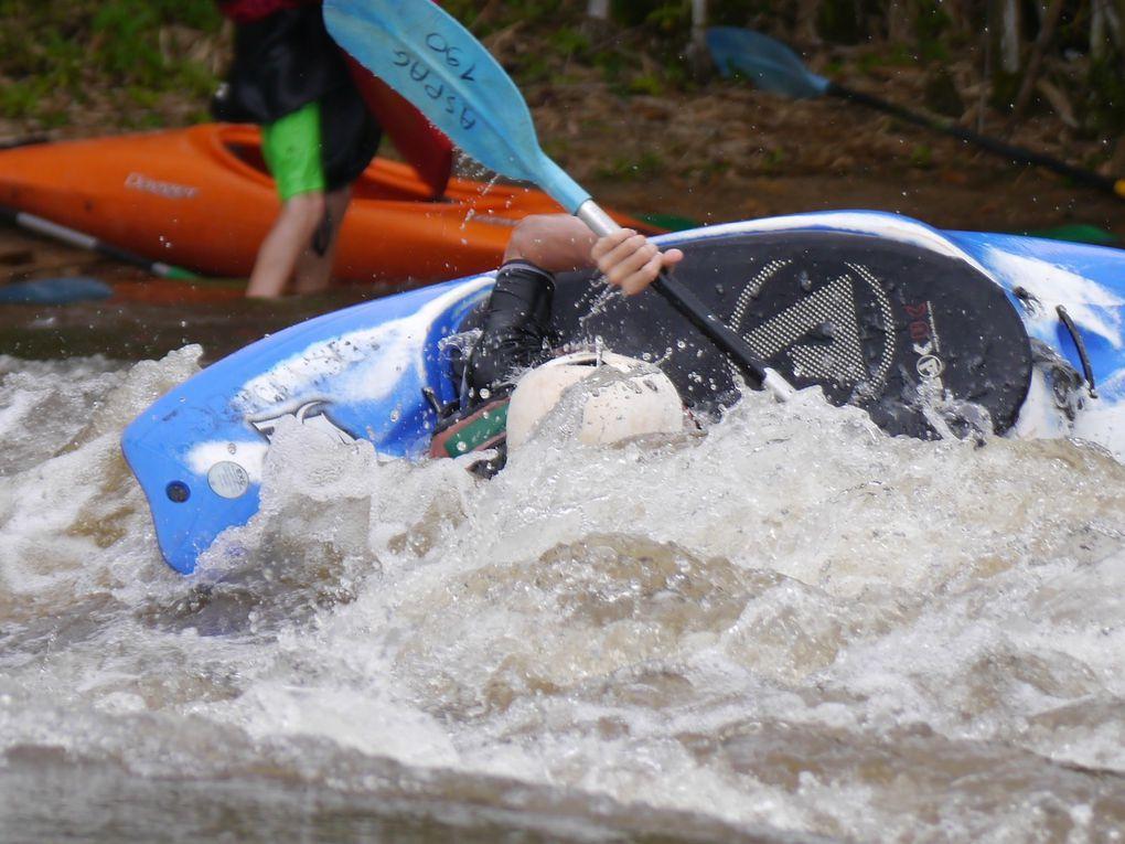 Une semaine de kayak à Saut Maripa avec l'ASPAG, CCKM, Tukus et La Pagaie. En concours avec le CRCK guyane
