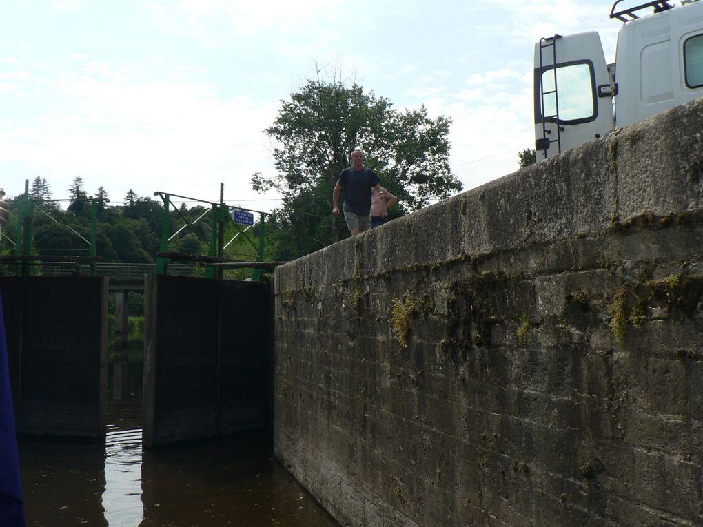 Nous avons remonté avec le tjalk et autant que possible le Canal de Brest vers Nantes