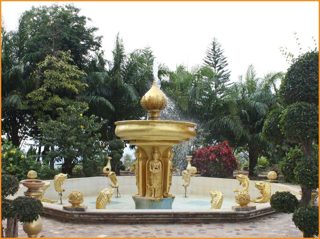 Album - Wat-phra-maha-chedi-chai-mongkol--