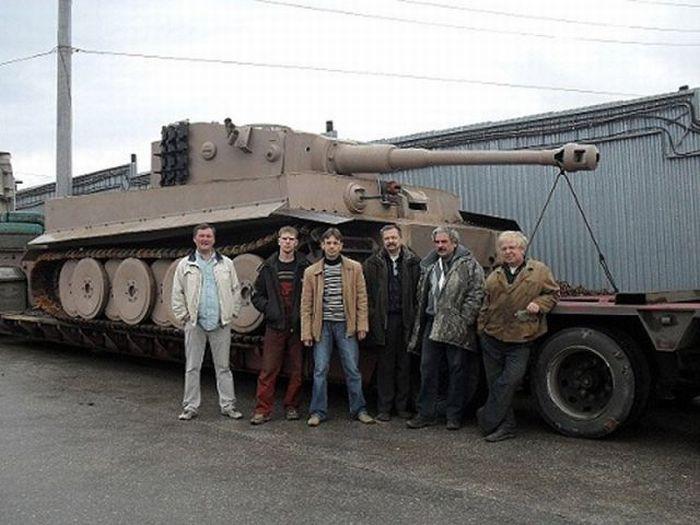 Avec un peu de récupération et beaucoup de travail, voici comment construire son tank.Utile dans certains pays...