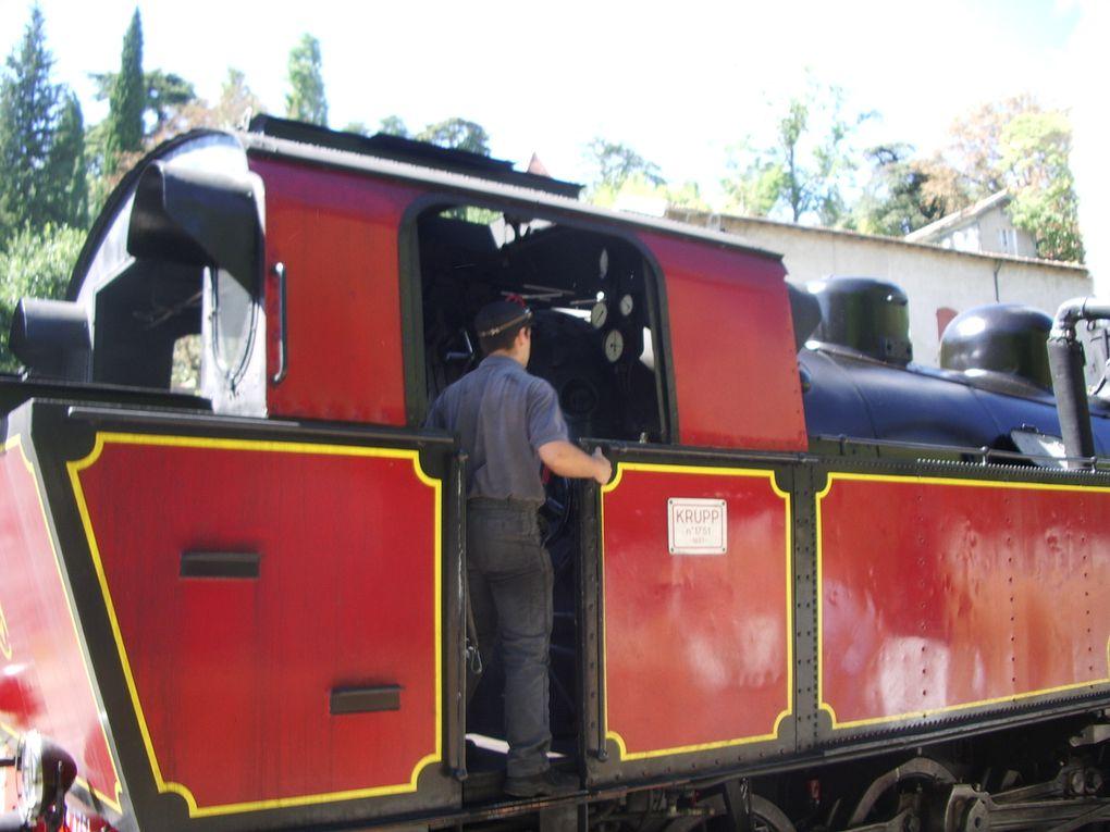 balade dans le petit train à vapeur le long du Gardon entre Anduze et Saint Jean du Gard.
