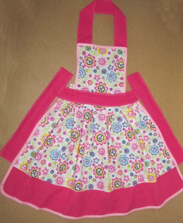 tablier de cuisine pour mères et filles, possibilitée de faire les meme ^^