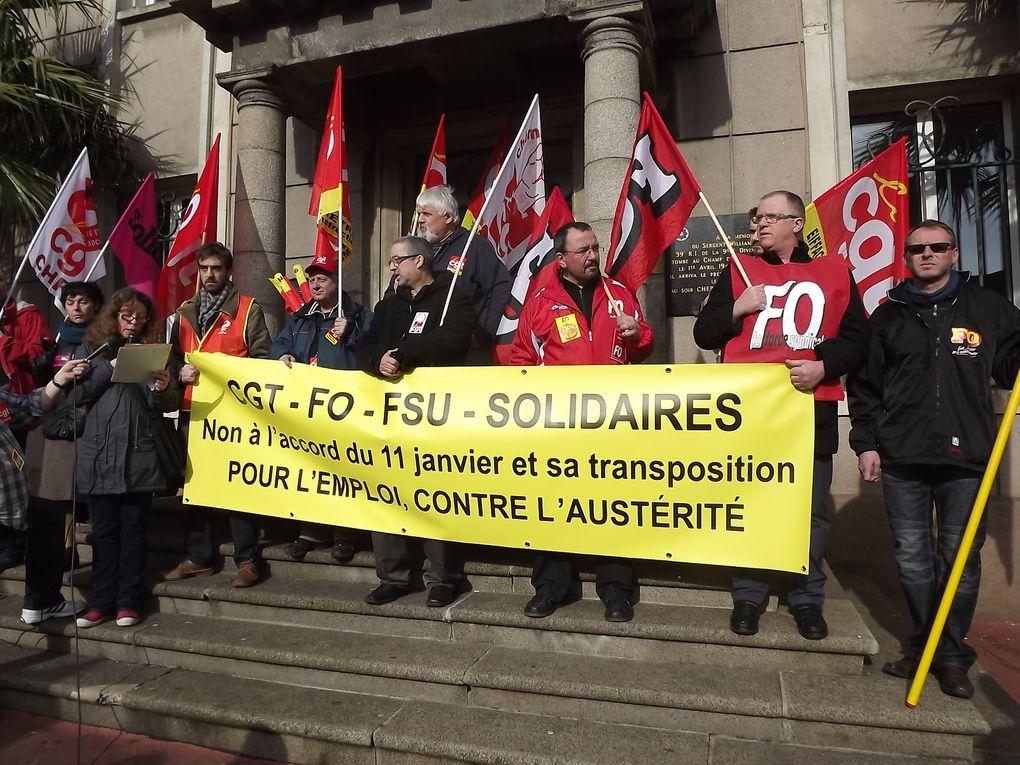 Mobilisation à la manifestation cherbourgeoise sous un beau soleil qui n'a rien enlevé à l'ignominie du 11 janvier 2013
