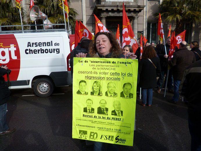 """Mobilisation pour s'opposer à l'application de """"l'accord"""" du 11 janvier 2013 marquant un recul important des droits des travailleurs de ce pays."""