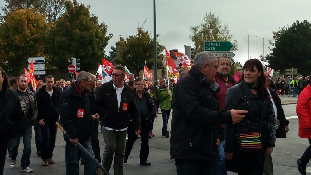 Mobilisation pour défendre la Sécu et le droit à la protection sociale. Plusieurs centaines de manifestants.