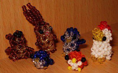 Petits personnages en petites perles