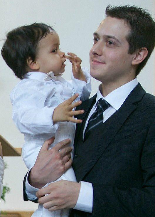 Le baptême de Nat. a été célébré le dimanche 20 mai 2012, Eglise Frederic OZANAM, Cergy Le haut, 95800 - France