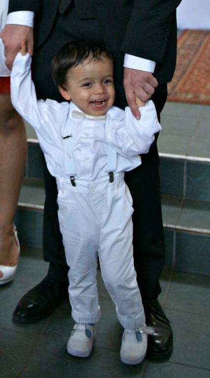 Effervescence après le baptême ~ Félicitations aux parents, grand-parents et arrière grands parents !