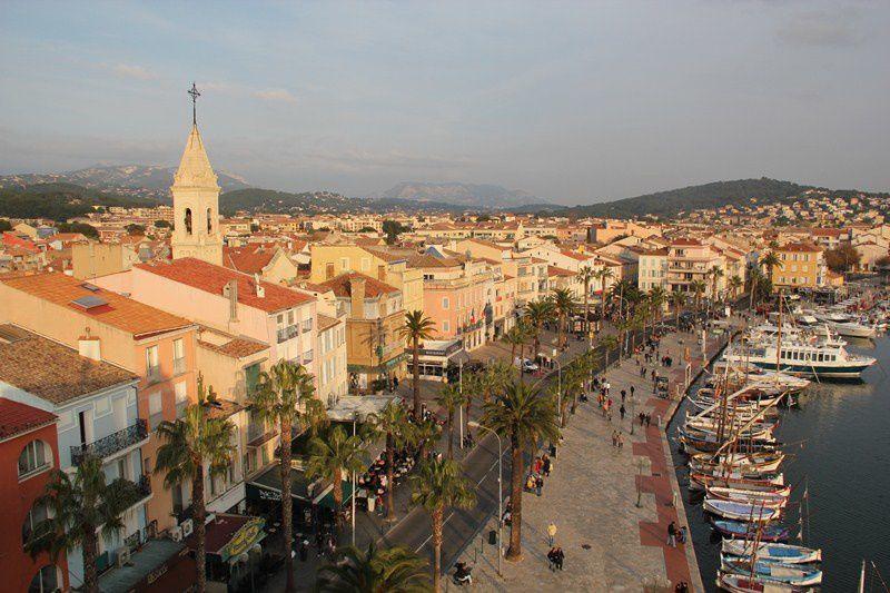 Marseille &amp&#x3B; Co