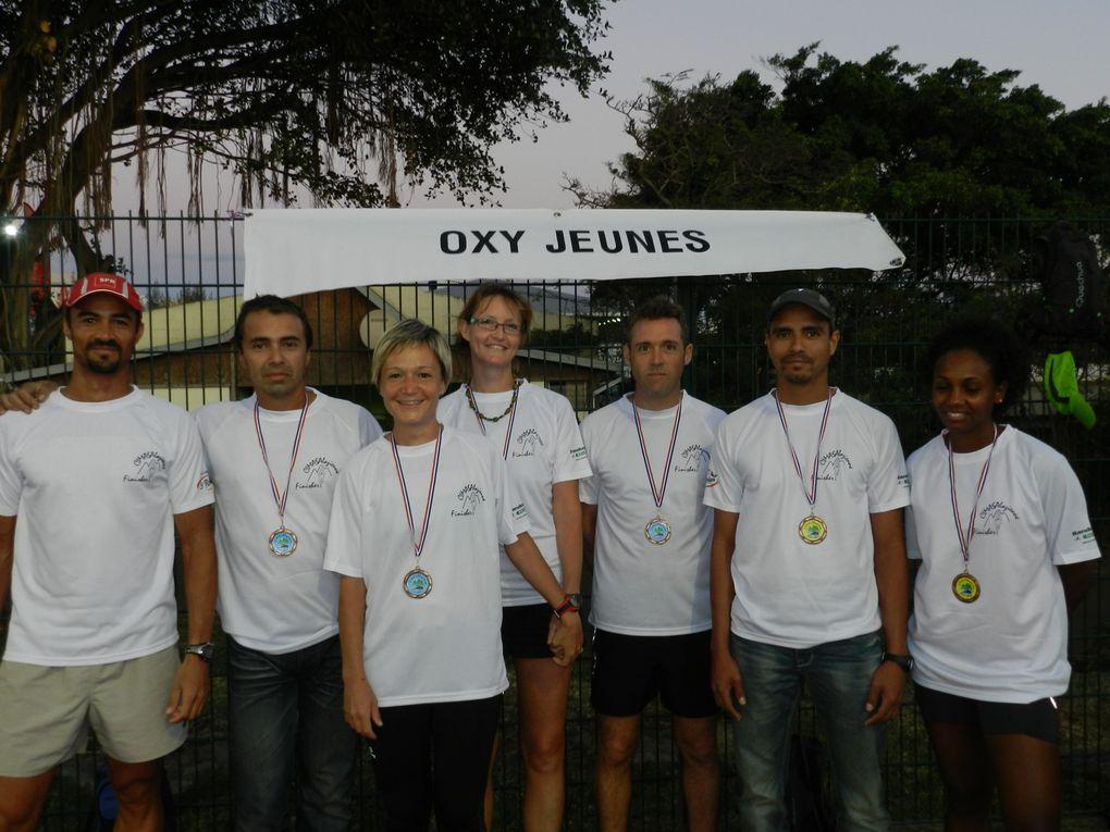 C'était un week-end chargé et diversifié le 25 et 26 août puisque l'association Oxyjeunes était présente de St Leu à Hell-Bourg. A St-Leu pour les 10 km nocturnes et à Salazie et dans les deux autres cirques pour 55 km et 7500 m de dénivel