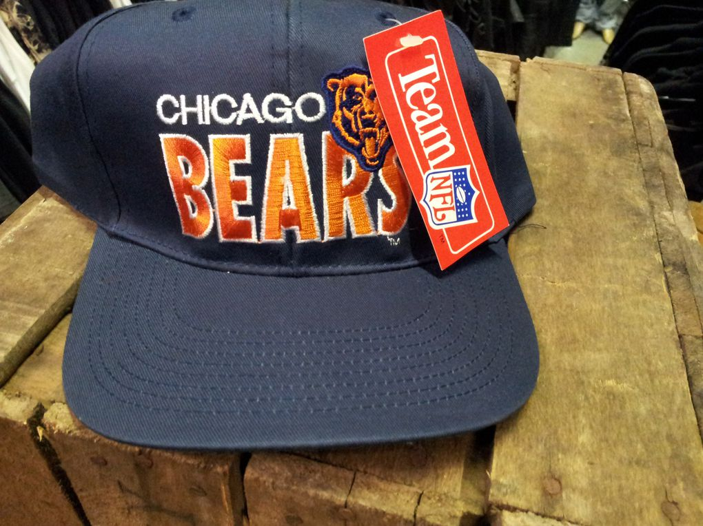 Produits NFL,Starters,Casquettes,Boucles,Teddy,Badges,Pin's,Tee-shirts,Patchs (chenilles) pull,Sweets,Gants de baseball,Fanions.Chicago bears,Vikings,Jets, Miami Dolphins, Irish, Michigan wolverines, Yankees, Suns, Minnesota Vikings, San Francisco 49