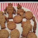 Recette de petits sablés avec des emporte-pièces robots pour petits et grands gourmands