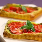 Tarte fine tomate et pesto