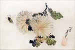 museeguimet:  Chrysanthèmes Oeuvre de Katsushika Hokusai (1760-1849) Vers 1820-1830 Encre de Chine (sumi) et couleurs sur papier micacé Format éventail (senmen)Sceau: Hitori NingyôSignature: Hokusai aratame litsu hitsu © dalbera
