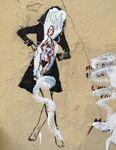 Street-art: Miss.Tic et Mass.Toc, dérision et dégradation