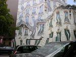 Paris: trompe-l'oeil, surréalisme urbain ?