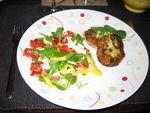RECETTE EN VRAC : Salade exotique croquante - Galettes de poisson Sud-Américaines