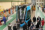 Le premier tram-train Citadis-Dualis sort des usines ALSTOM