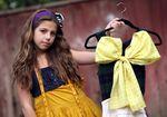 Cecilia Cassini, la plus jeune styliste de mode pour enfants a 10 ans