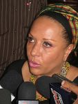 Piedad Cordoba, menacée de mort, quitte la Colombie.