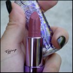 Rouge a levres Urban Decay Rush - Swatch