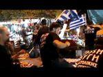 Des SA/SS grecs s'en prennent aux commerçants immigrés.