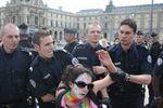 [Actu]Bal tragique du 14 juillet : Brigade des Clowns, 1 / police, 0 (pointé)