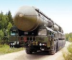 Nuclear weapons threat not decreasing, study says