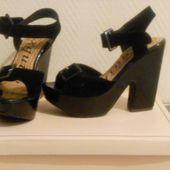 mes shoes a 5 E