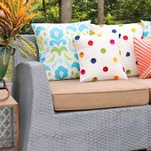 Gina Michele: How to Sew an Envelope Pillow- video tutorial included!