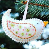 A Feathered Nest: Birdie Ornaments