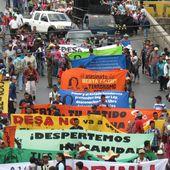 (Fotos) Pueblos indígenas hondureños se movilizan exigiendo justicia para Berta