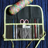 The Inspired Wren: TUTORIAL: Clear View Crochet Hook Case